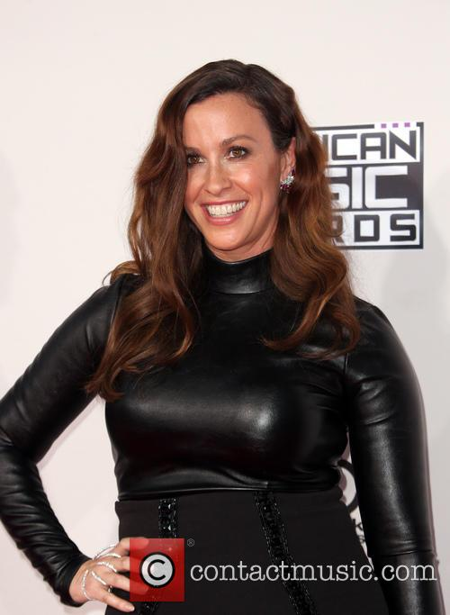 Alanis Morissette's Former Business Manager Admits Stealing $5 Million From Her