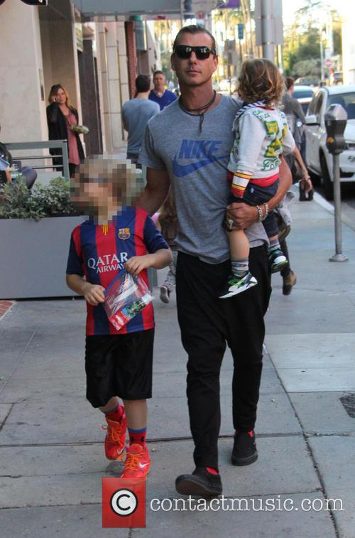 Gavin Rossdale, Kingston Rossdale, Zuma Rossdale and Apollo Rossdale 6