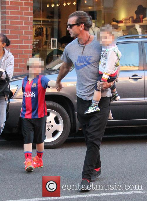 Gavin Rossdale, Kingston Rossdale, Zuma Rossdale and Apollo Rossdale 8