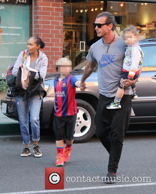 Gavin Rossdale, Kingston Rossdale, Zuma Rossdale and Apollo Rossdale 9