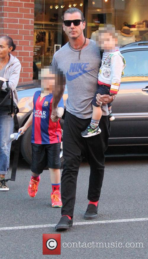 Gavin Rossdale, Kingston Rossdale, Zuma Rossdale and Apollo Rossdale 11