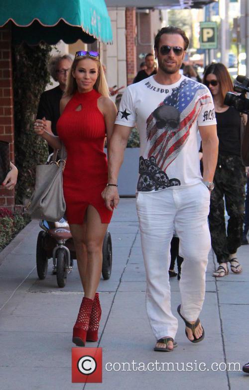 Bastian Yotta and Maria Yotta 6