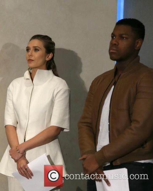 Elizabeth Olsen and John Boyega 4