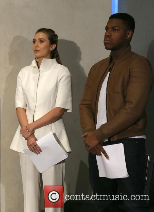 Elizabeth Olsen and John Boyega 8