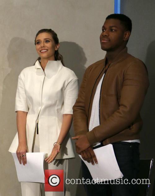 Elizabeth Olsen and John Boyega 11