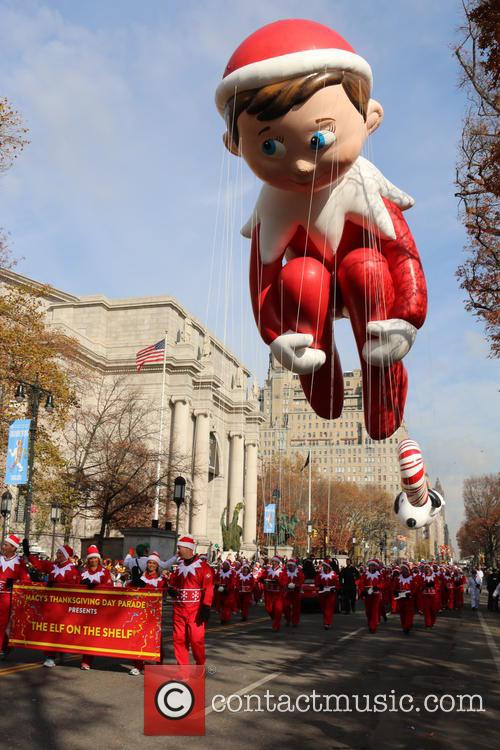 Elf On A Shelf Balloon 2