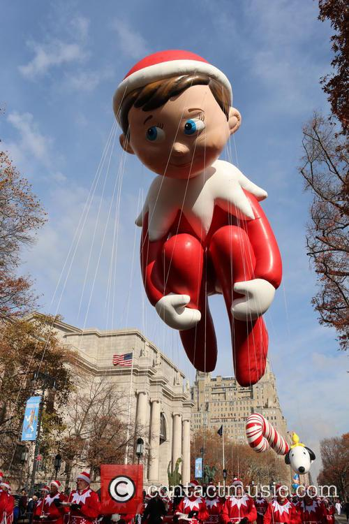 Elf On A Shelf Balloon 3