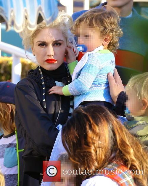 Gwen Stefani and Apollo Rossdale 8