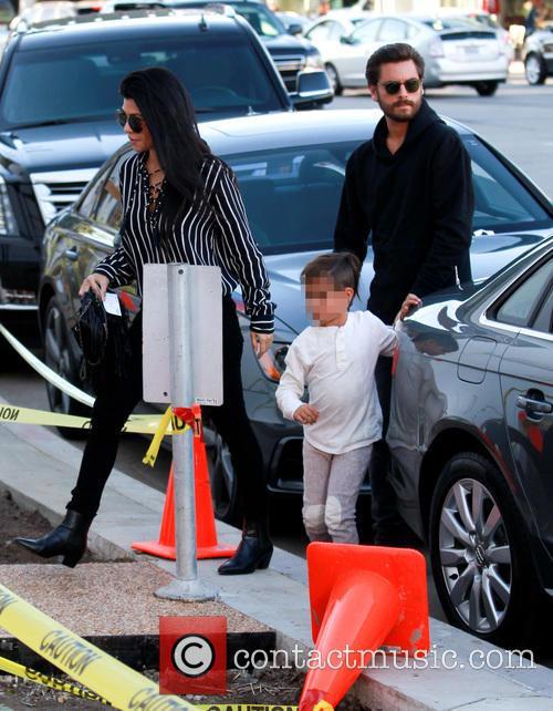 Kourtney Kardashian, Scott Disick and Mason Dash Disick 3