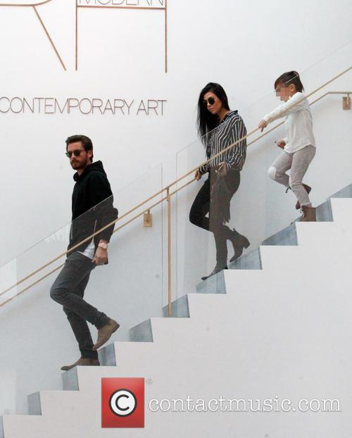 Kourtney Kardashian, Scott Disick and Mason Dash Disick 8