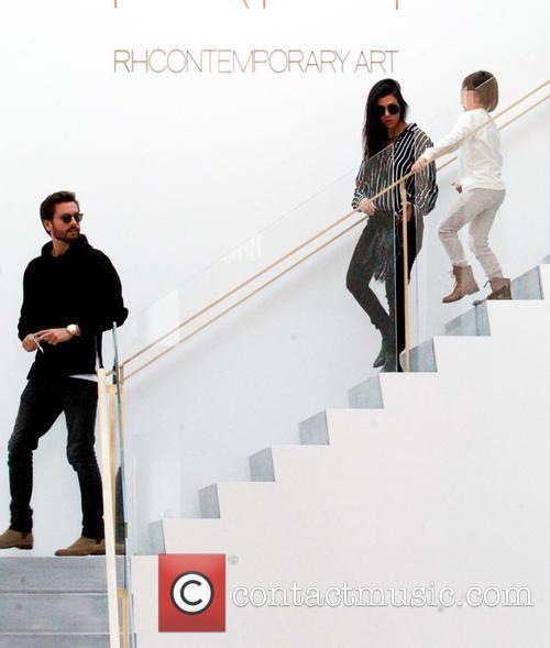Kourtney Kardashian, Scott Disick and Mason Dash Disick 9