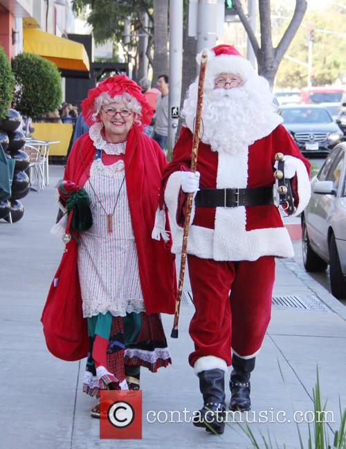 Santa Claus and Mrs Claus 2
