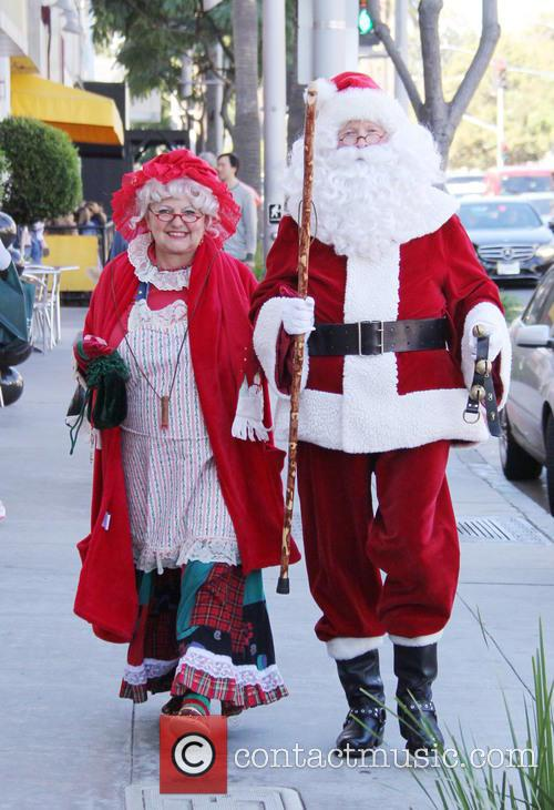 Santa Claus and Mrs Claus 3