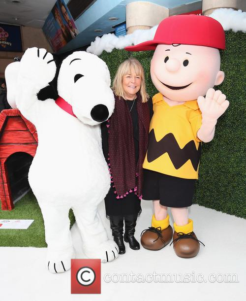 Snoopy, Linda Robson and Charlie Brown 5