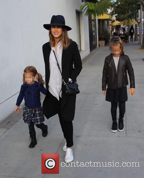 Jessica Alba, Honor Marie Warren and Haven Garner Warren 8