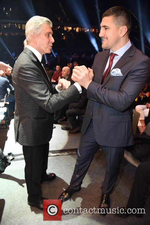 Michael Buffer and Marco Huck 6