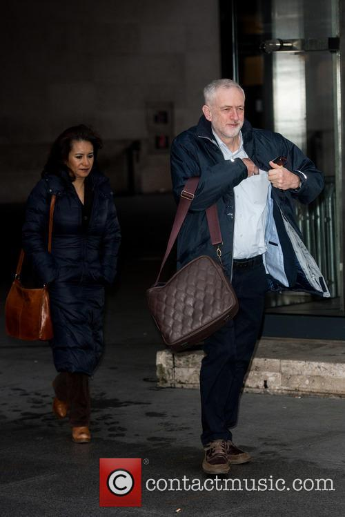 Laura Alvarez and Jeremy Corbyn 1