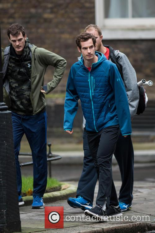 Andy Murray, Dominic Inglot and Jamie Murray 5