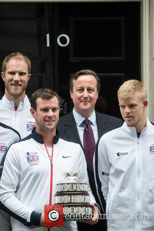 David Cameron, Dominic Inglot and Leon Smith 8
