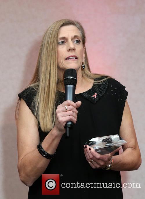 Julie Lewis 2