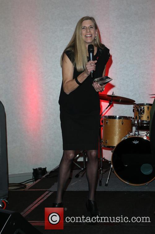 Julie Lewis 8