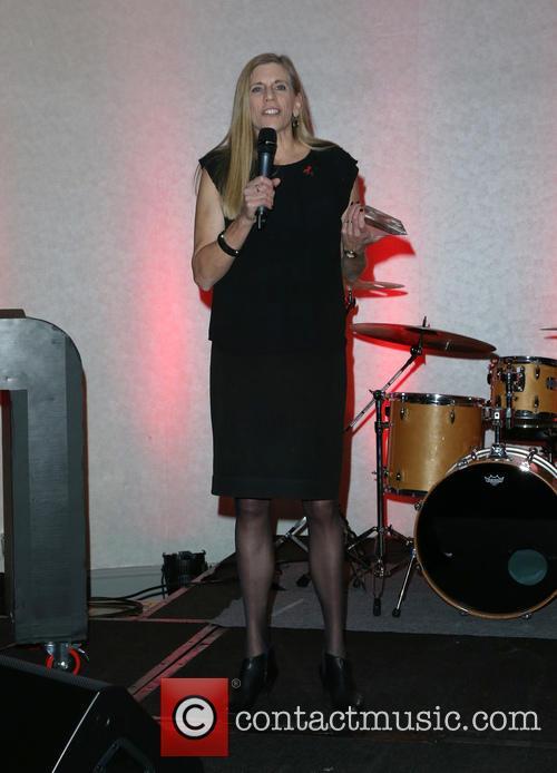 Julie Lewis 10