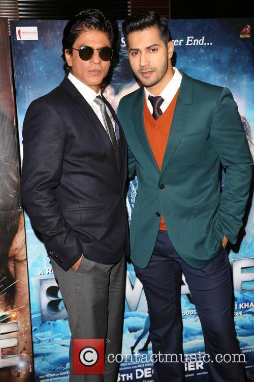 Shah Rukh Khan and Varun Dhawan 11