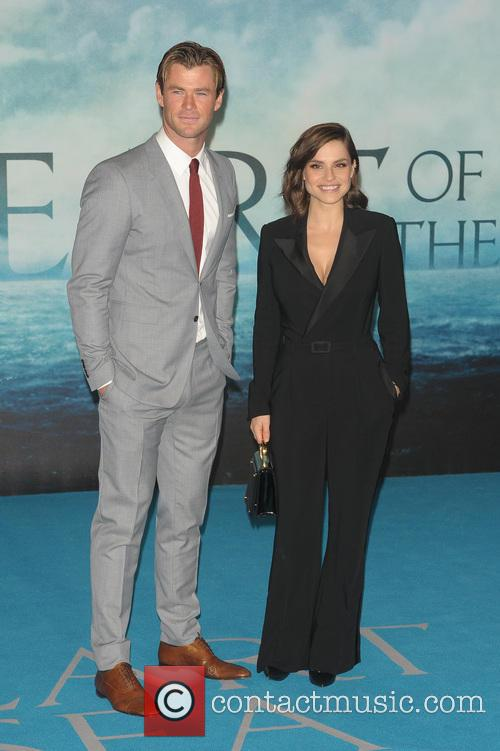 Chris Hemsworth and Charlotte Riley 7