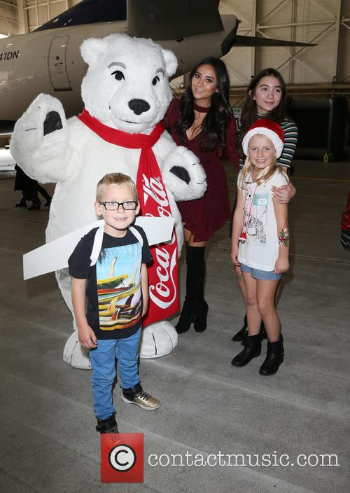 Shay Mitchell, Rowan Blanchard and Guests 7