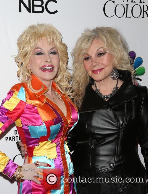 Dolly Parton and Stella Parton 2