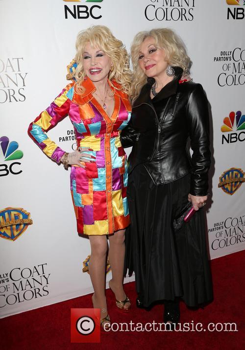 Dolly Parton and Stella Parton 3