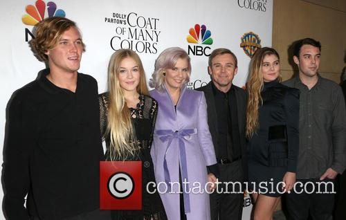 Andrea Bernard Schroder, Ricky Schroder, Cambrie Schroder, Luke William Schroder, Faith Anne Schroder and Holden Richard Schroder 4