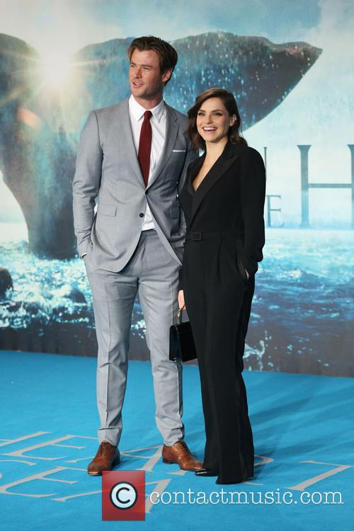 Chris Hemsworth and Charlotte Riley 4