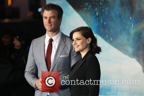 Chris Hemsworth and Charlotte Riley 6