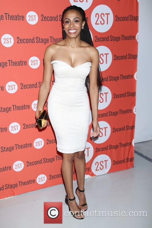 Nicolette Robinson 1