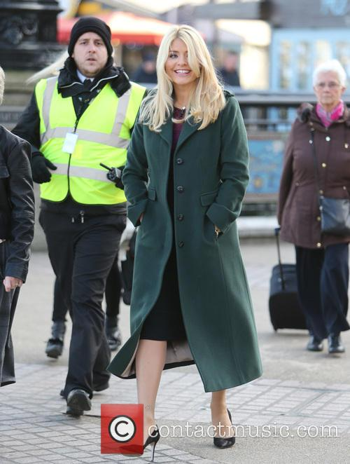 Holly Willoughby and Eamonn Holmes 4