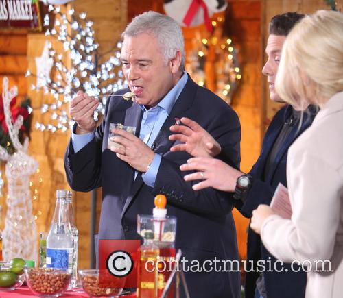 Holly Willoughby and Eamonn Holmes 6