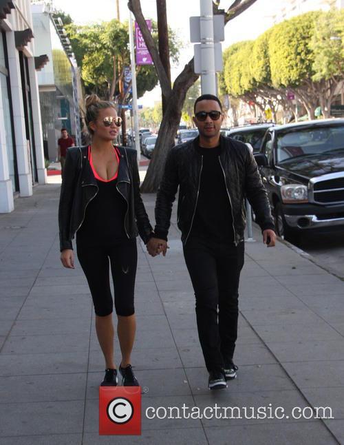Chrissy Teigen and John Legend 4