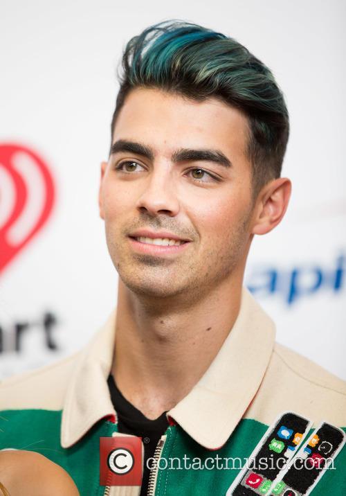 Joe Jonas 5