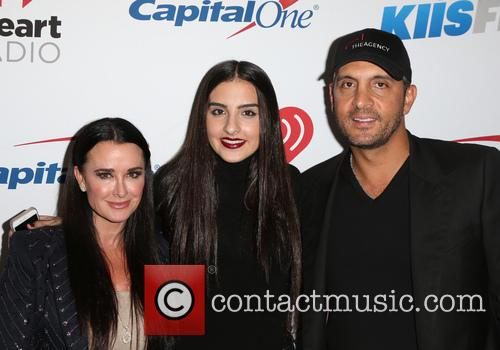 Kyle Richards, Sophia Umansky and Mauricio Umansky 4