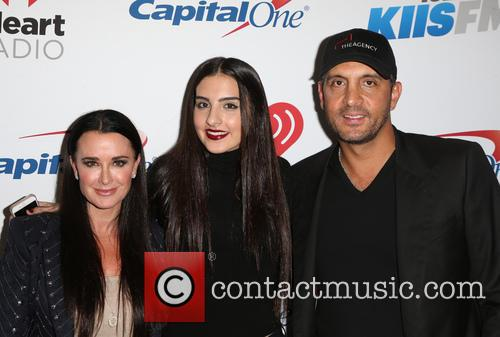 Kyle Richards, Sophia Umansky and Mauricio Umansky 5