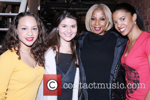 Jasmine Cephas Jones, Phillipa Soo, Mary J. Blige and Renee Elise Goldsberry 2