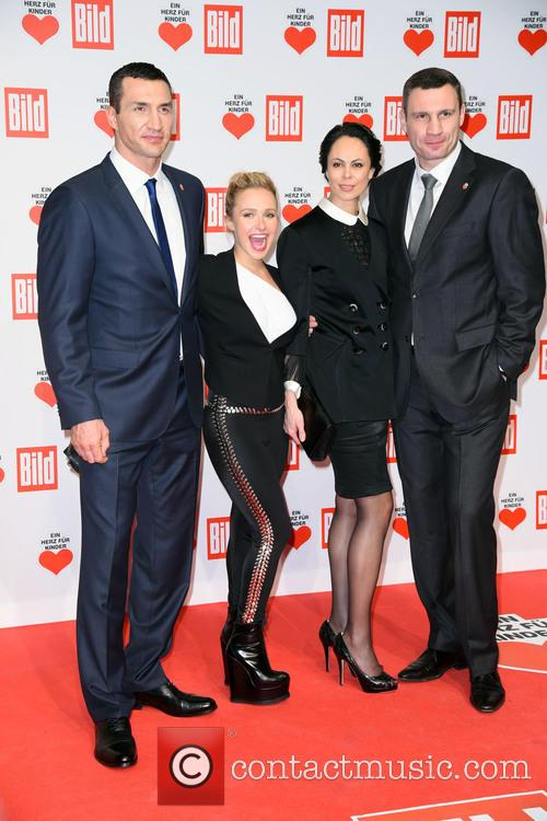 Wladimir Klitschko, Hayden Panettiere, Natalia Klitschko and Vitali Klitscho 2