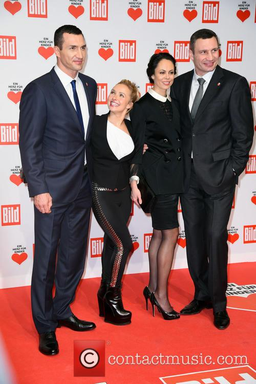 Wladimir Klitschko, Hayden Panettiere, Natalia Klitschko and Vitali Klitscho 4