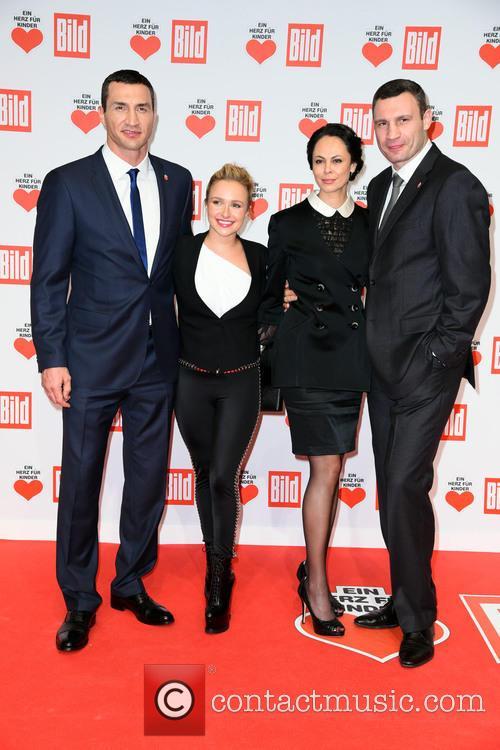 Wladimir Klitschko, Hayden Panettiere, Natalia Klitschko and Vitali Klitscho 5