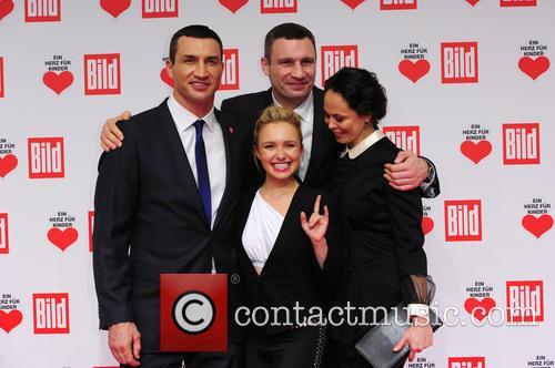 Hayden Panettieri, Wladimir Klitschko, Natalie Klitschko and Vitali Klitschko 3