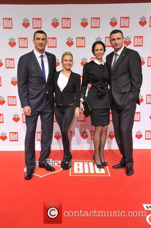 Hayden Panettieri, Wladimir Klitschko, Natalie Klitschko and Vitali Klitschko 9