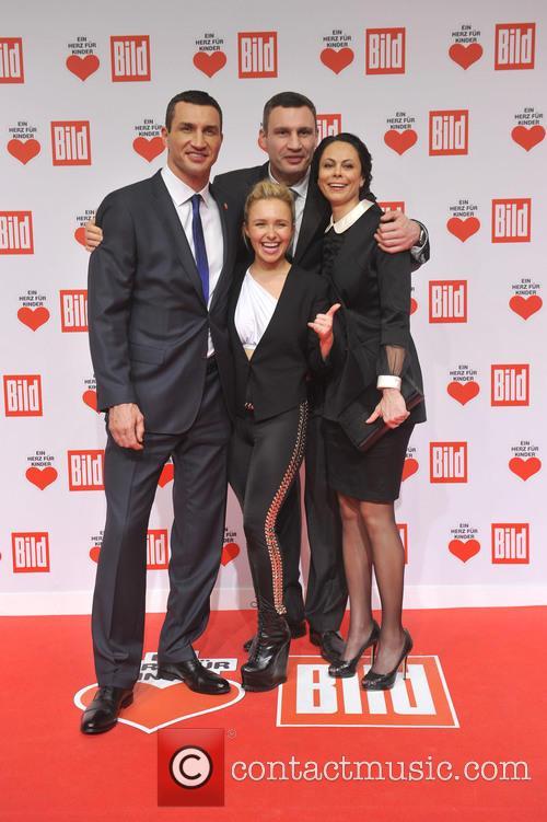 Hayden Panettieri, Wladimir Klitschko, Natalie Klitschko and Vitali Klitschko 10