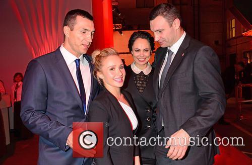 Wladimir Klitschko, Hayden Panettiere, Natalia Klitschko and Vitali Klitschko 4