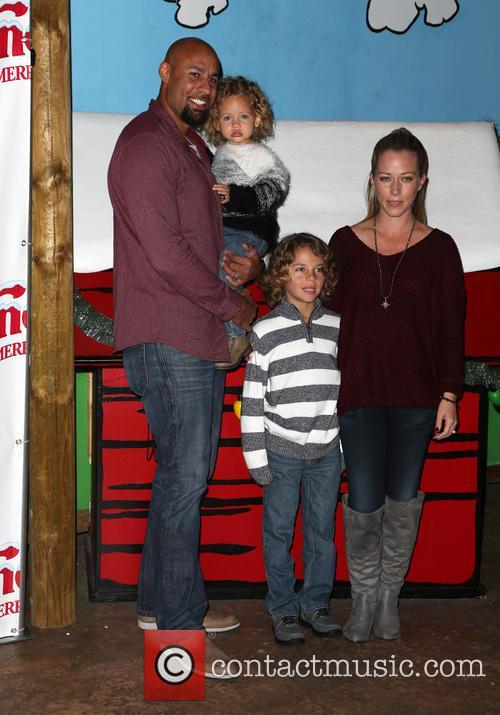 Hank Baskett, Alijah Baskett and Kendra Wilkinson 4